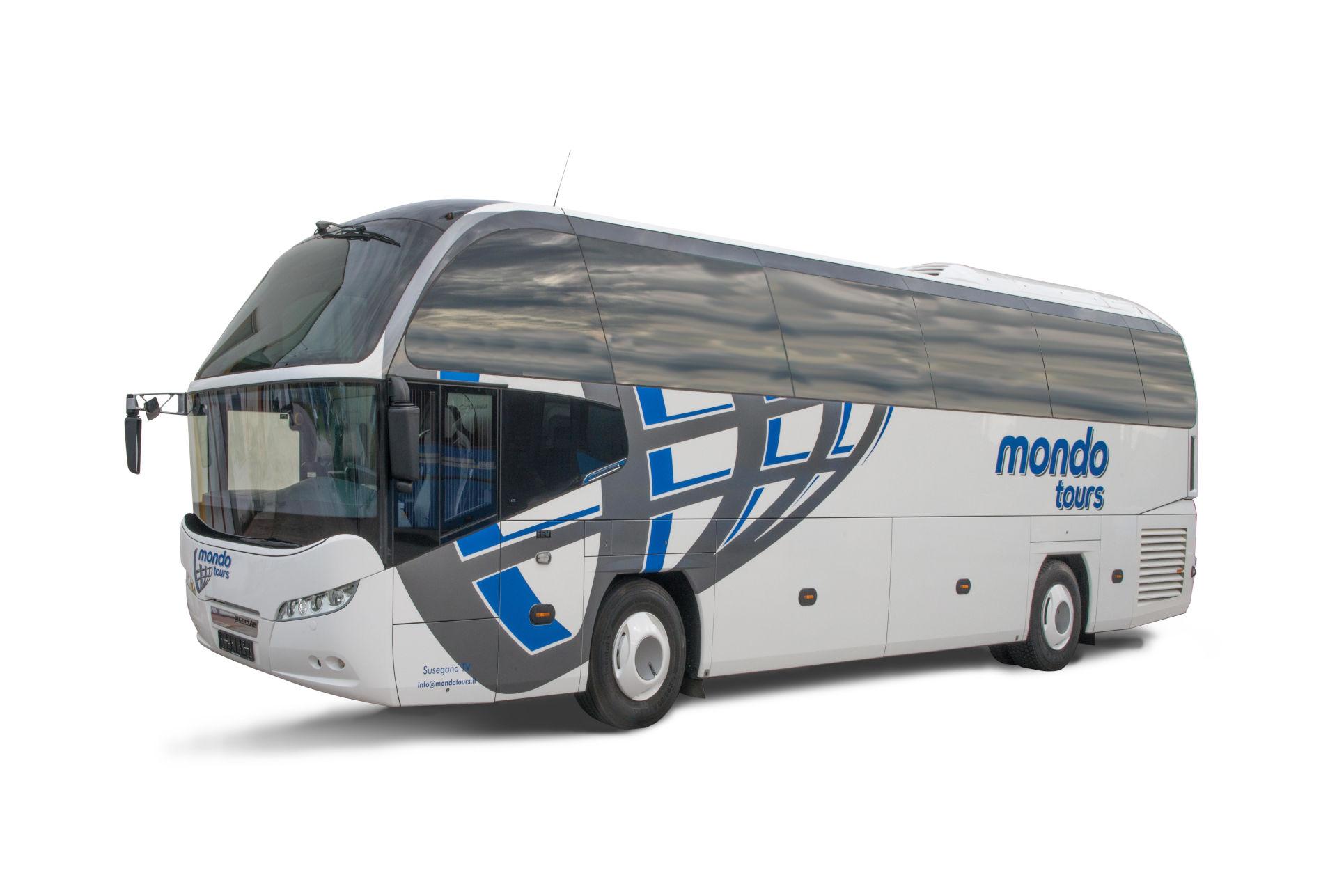 mondotours-pullman-granturismo-neoplan-cityliner-01